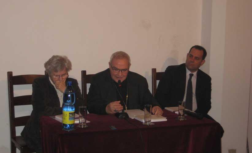 Conferenza Monsignore Negri